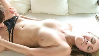 Exceptionally wonderful pussy massage for dyke