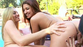 Ann Marie Rios teaches her horny friends how to polish wet pussies