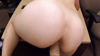 Amateur babe pounded by pawnshop owner